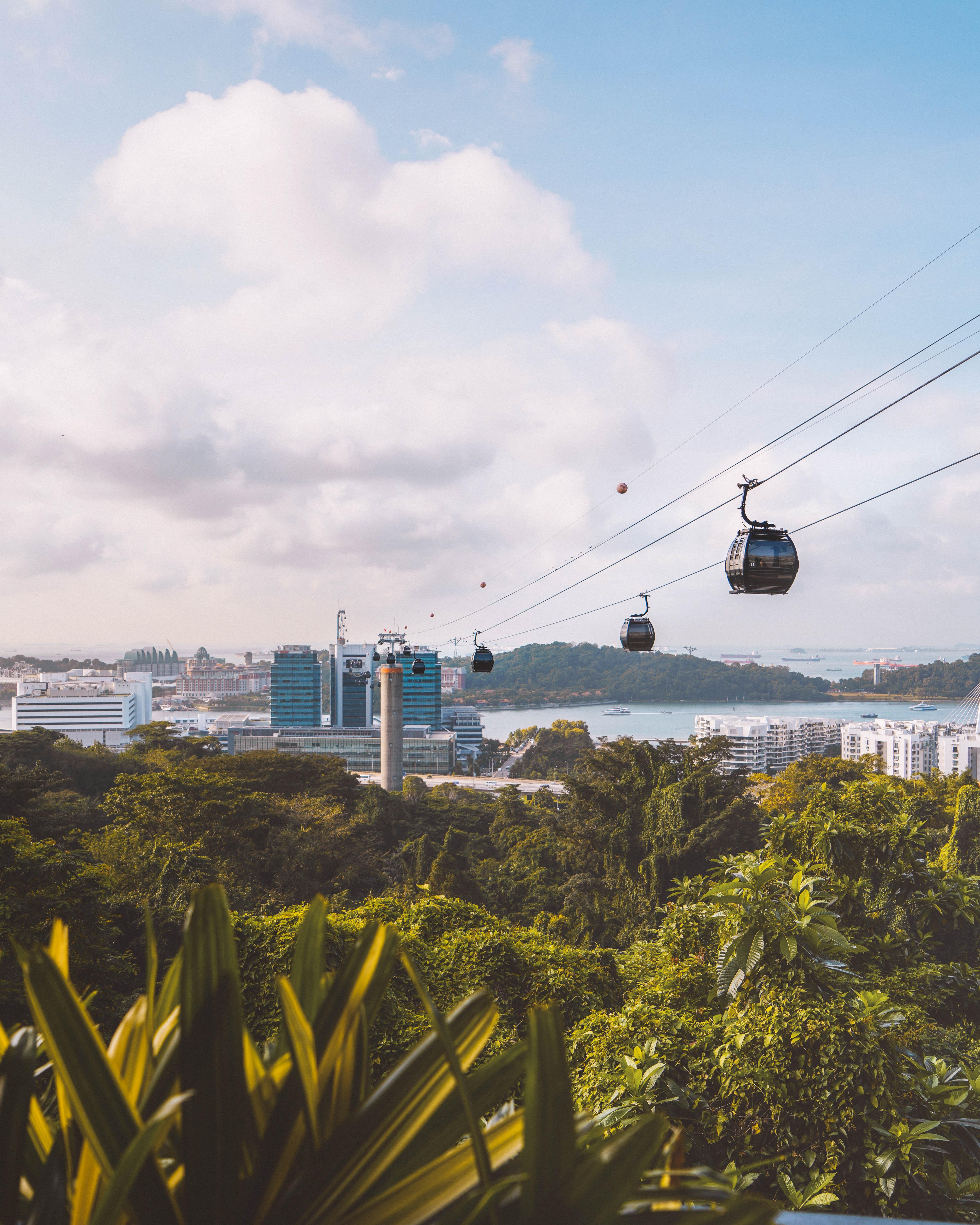 De kabelbaan van Mount Faber naar Sentosa island