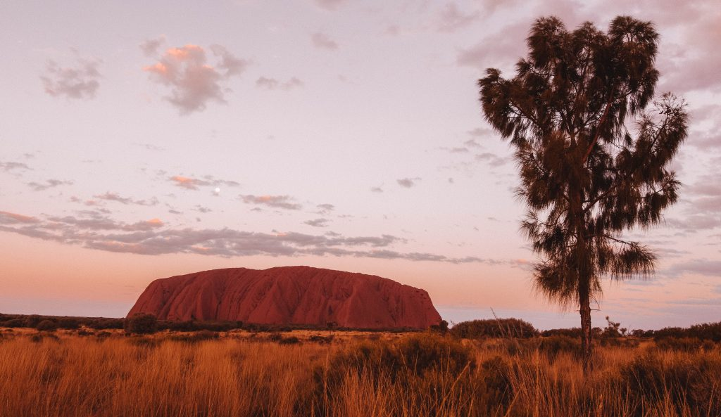 Australia uluhuru