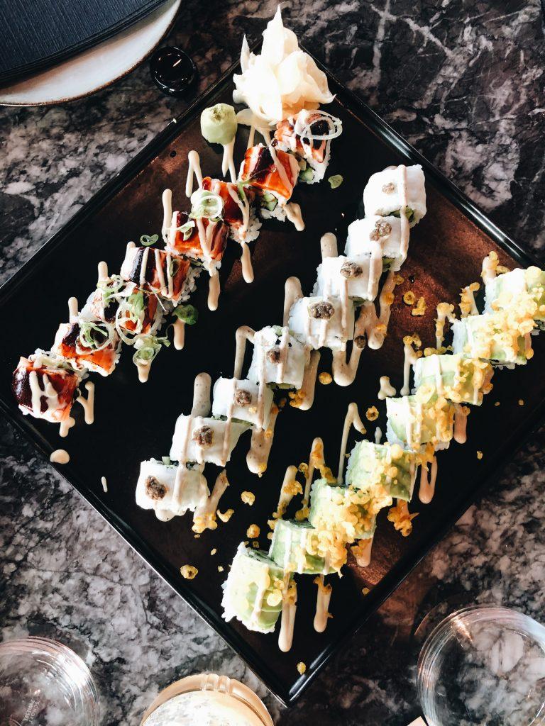 qomo restaurant sushi