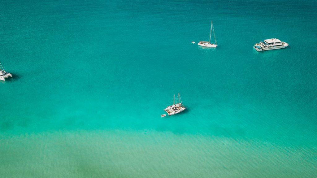 whitsunday whitehaven boats