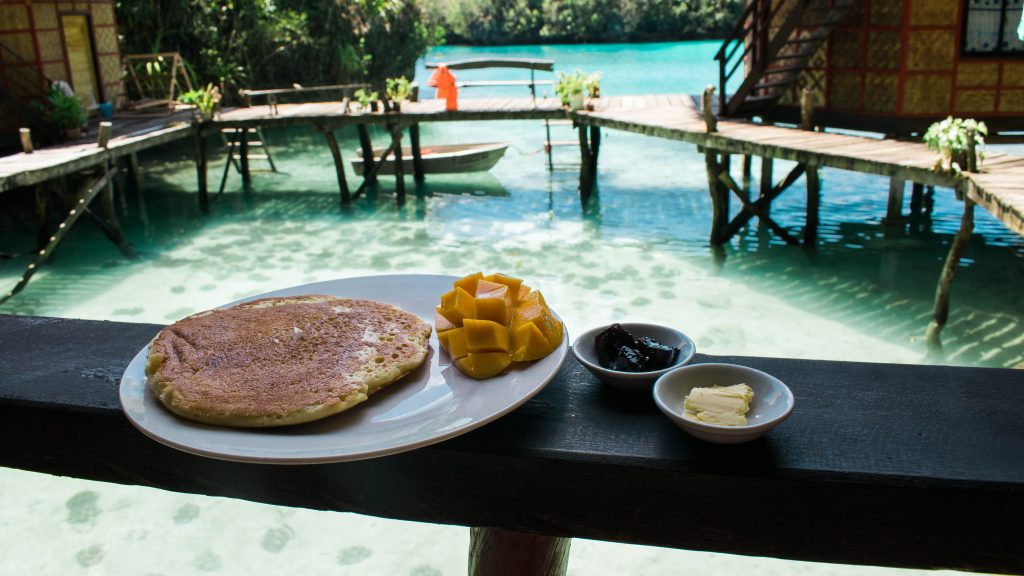 enchanted cove resort breakfast
